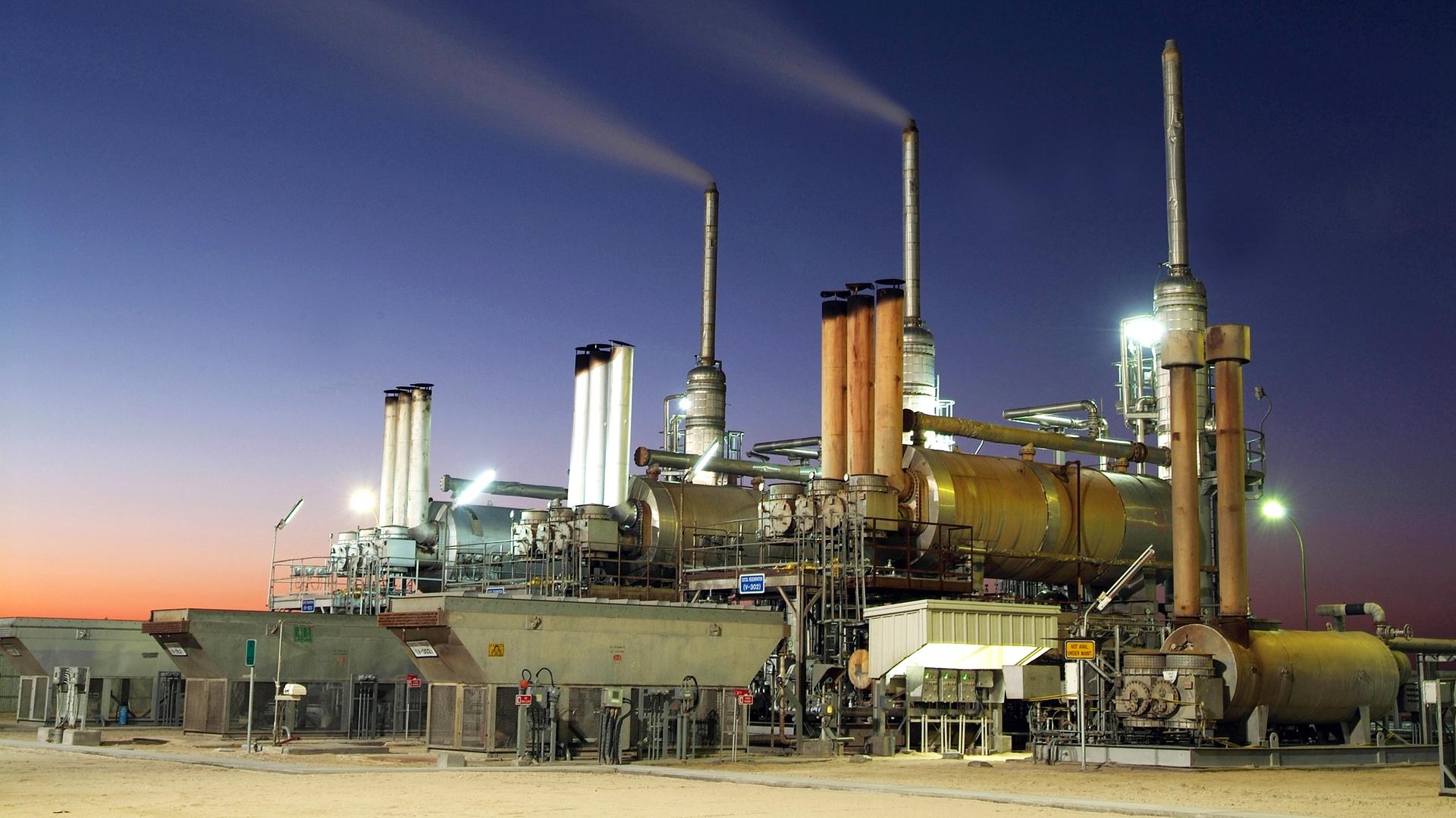 KEEPING AN OIL TRANSPORT SYSTEM FIRE SAFE