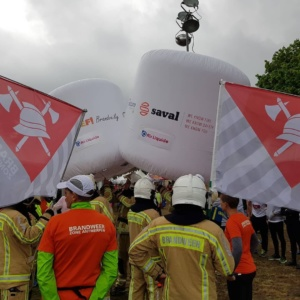 Saval steunt campagne Oscare bij Antwerpen 10 Miles 1